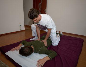 Yumeiho® Masajul Mușchilor Paravertebrali